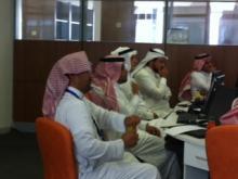 اجتماع من اجل تطوير برامج التعاون الدولي و استاذ زائر في عمادة شؤون المكتبات : 28/10/2013